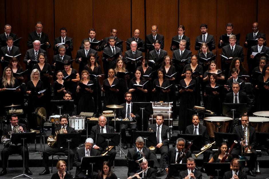 Orquestra_Sinfonica_e_Coral_Lirico_de_Minas_Gerais_©_André_Fossati